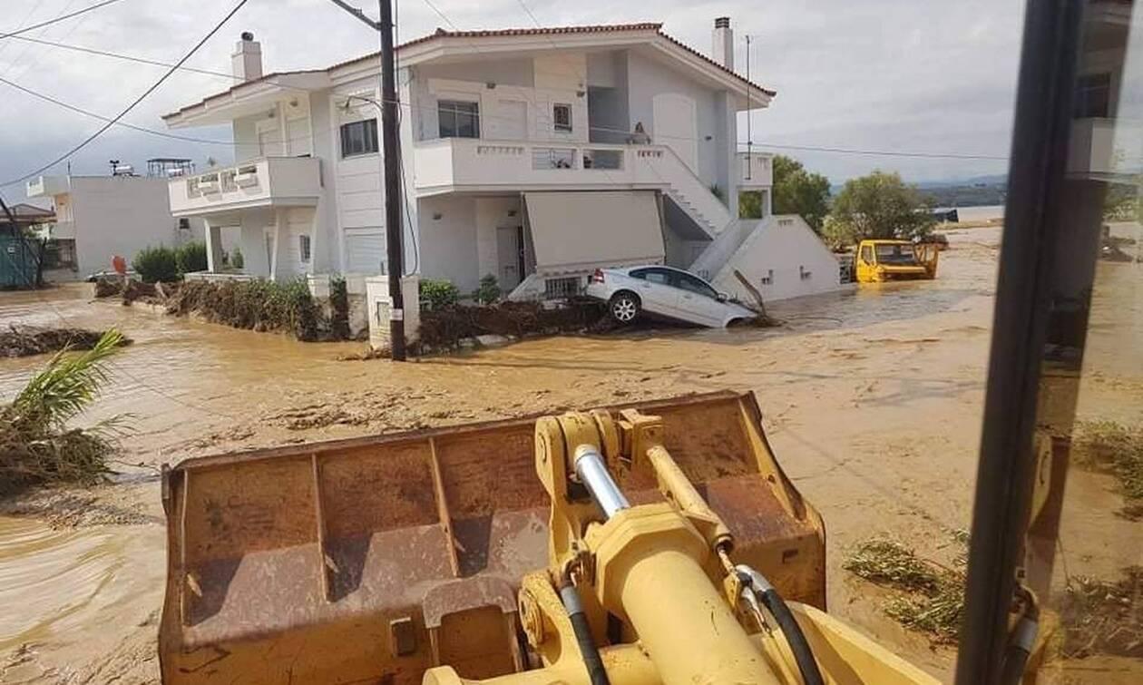 Πλημμύρες Εύβοια - Δήμαρχος Ψαθάς στο Newsbomb.gr: «Πρόκειται για την απόλυτη καταστροφή»