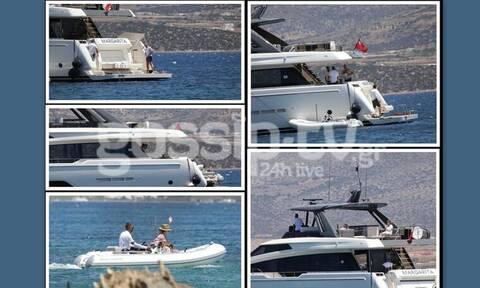 Hanks-Wilson: Τους... τσακώσαμε να φιλιούνται τρυφερά πάνω στο σκάφος!