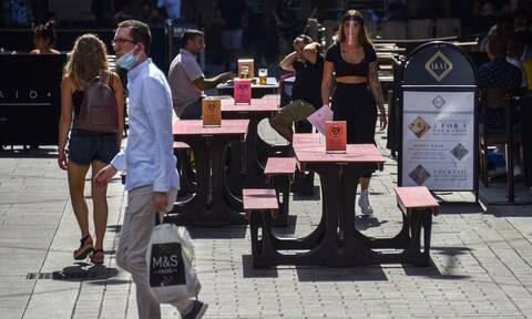 Κορονοϊός - Βρετανία: Τα ημερήσια κρούσματα ανήλθαν στο υψηλότερο επίπεδο από τον Ιούνιο