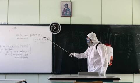 Άνοιγμα σχολείων: Καμία αλλαγή - Δείτε πότε θα χτυπήσει το πρώτο κουδούνι