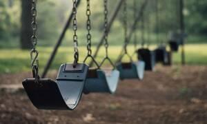 Τραγωδία σε παιδική χαρά: Τσιμεντένια πλάκα έλιωσε 11χρονο!