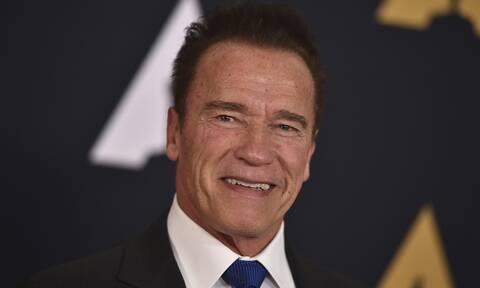 Έχεις δει τον 22χρονο γιο του Schwarzenegger; Πιο fit κι από τον μπαμπά του