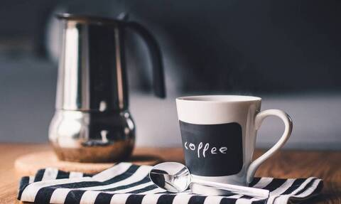 Αυτός είναι ο σοβαρός λόγος που δεν πρέπει να πίνετε καφέ το πρωί (pics)
