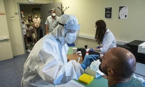 Κορονοϊός - Ρωσία: «Σφυροκόπημα» του ιού - 5.118 νέα κρούσματα