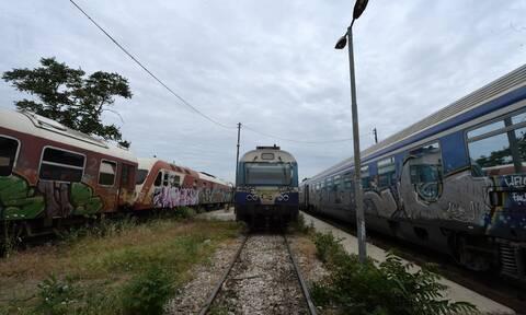 Τραγωδία στο Δήμο Αχαρνών: Τρένο παρέσυρε και σκότωσε πεζό
