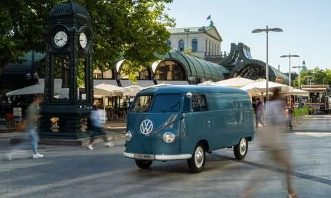 Αυτή είναι η πιο παλιά κλούβα της VW που κυκλοφορεί ακόμα