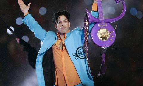 """Το τραγούδι """"Cosmic Day"""" του Prince κυκλοφόρησε"""