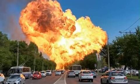 Απίστευτη έκρηξη σε βενζινάδικο τρομοκράτησε τους οδηγούς (vid)