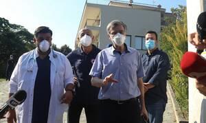 Κορονοϊός - Τσιόδρας: 36 τα κρούσματα στο γηροκομείο - Πώς μεταδόθηκε ο ιός