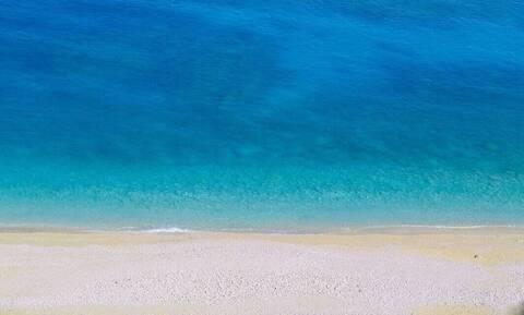 Αυτές είναι οι πιο καθαρές παραλίες στην Αττική - Πού θα πάτε για μπάνιο τον Δεκαπενταύγουστο