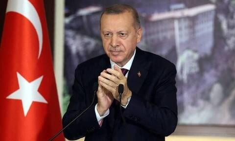 «Παράφρων» ο Ερντογάν: Ζητά λύση win - win, αλλά συνεχίζει τις έρευνες με το Oruc REIS