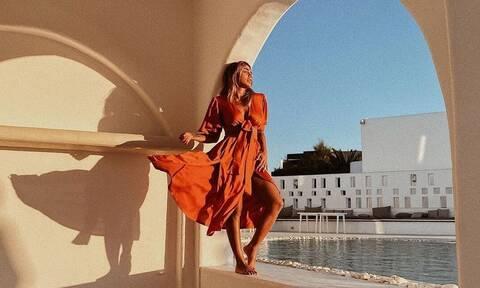 «Καυτός» χορός για Κόνι Μεταξά και Ελένη Φουρέιρα έβαλε… φωτιά στο Tik Tok (video)