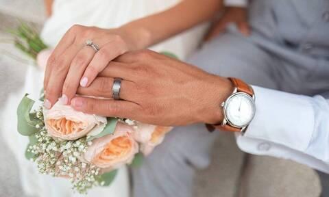 Ρινγκ ο γάμος - Μάνα και κόρη ξεκατινιάστηκαν μπροστά σε όλους!