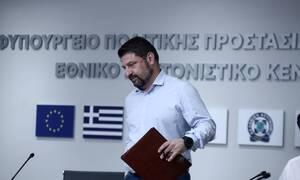 Live: Ο Νίκος Χαρδαλιάς ανακοινώνει τα νέα μέτρα για τον κορονοϊό