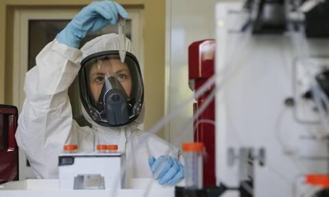 Κορονοϊός: 300 εκατομμύρια εμβόλια «έκλεισε» η Ε.Ε. από βρετανική φαρμακοβιομηχανία