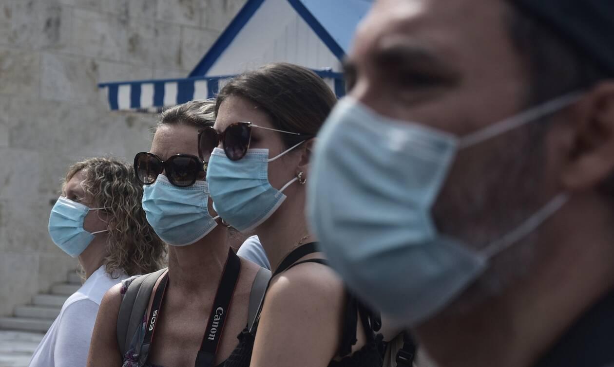 Κορονοϊός: Νέα μέτρα - Τι ισχύει για τη χρήση μάσκας