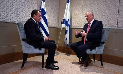 Τηλεφωνική επικοινωνία Παναγιωτόπουλου με τον αναπλ. πρωθυπουργό και υπουργό Άμυνας του Ισραήλ