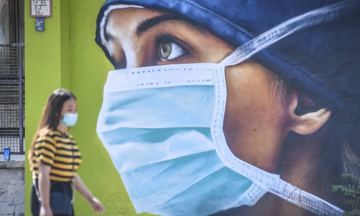 Κορονοϊός: Τα 2.045 κρούσματα του Αυγούστου και η διασπορά έφεραν τα νέα μέτρα