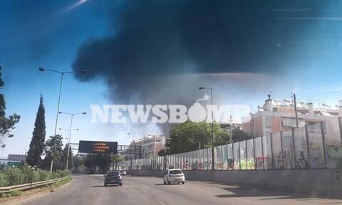 Φωτιά στη Μεταμόρφωση: Συγκλονιστικές εικόνες - «Μαύρισε» ο ουρανός της Αττικής