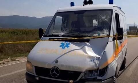 Τραγωδία στην Κακαβιά: Νεκρό 10χρονο αγοράκι – Παρασύρθηκε από ασθενοφόρο