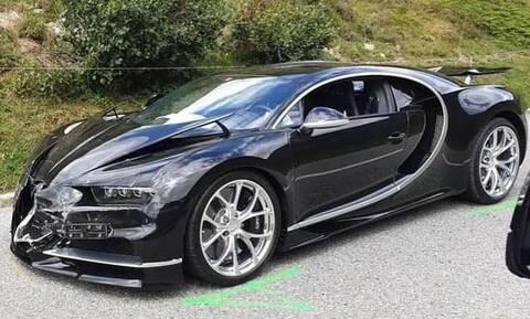 Το πιο ακριβό τρακάρισμα! Συγκρούστηκαν μια Porsche με μια Bugatti (vid)