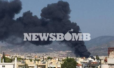 Ανησυχία για τον τοξικό καπνό που κάλυψε την Αθήνα: Προειδοποίηση 112 - «Μείνετε σπίτια σας»