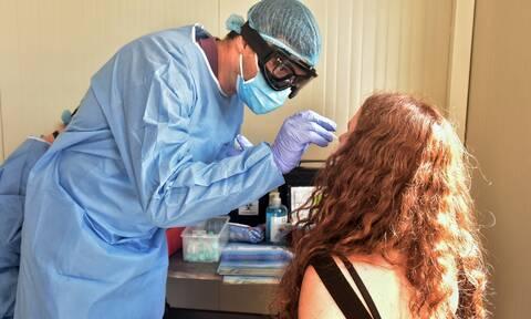 Κορονοϊός: «Φρενάρουν» τη διασπορά του ιού στην Αττική με τεστ στα λιμάνια Πειραιά και Ραφήνας
