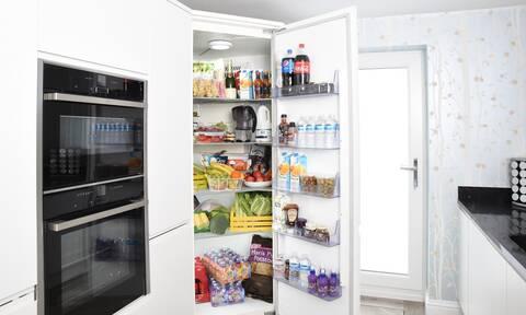 Άνοιξε το ψυγείο και έμεινε… παγωτό μ' αυτό που είδε (pics)