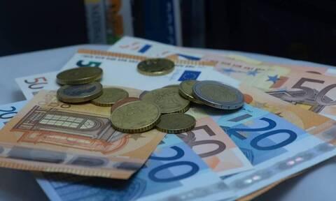 Συντάξεις: Έρχονται αυξήσεις έως και 960 ευρώ - Ποιοι συνταξιούχοι θα πάρουν και πόσα