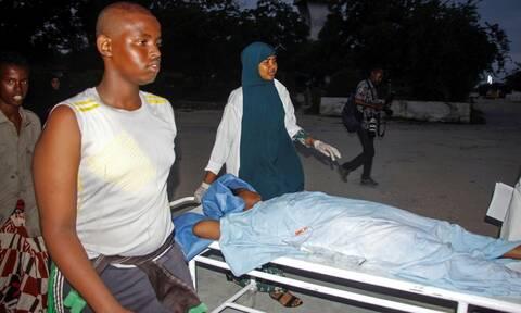 Σομαλία: Τουλάχιστον 17 νεκροί στην τρομοκρατική επίθεση σε ξενοδοχείο στο Μογκαντίσου