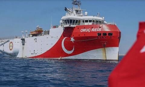 Oruc Reis: Ξανά εντός της ελληνικής υφαλοκρηπίδας – «Ντροπή του στόλου» το Kemal Reis