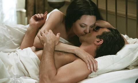 Γιατί μιλάμε τόσο πολύ μετά το σεξ; Η επιστημονική εξήγηση