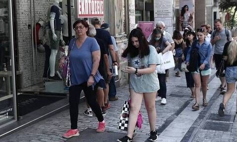 Ανατροπή στη λειτουργία των καταστημάτων: Ανοιχτά και τις Κυριακές τα εμπορικά στο κέντρο