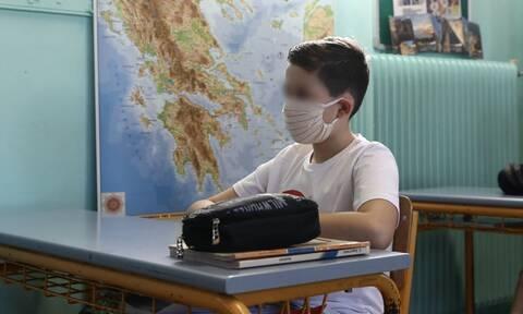 Κορονοϊός: Υποχρεωτική η μάσκα στα σχολεία - Όλα τα μέτρα για μαθητές και εκπαιδευτικούς