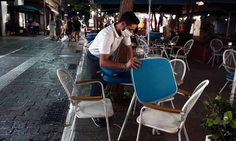 Κορονοϊός: Τι θα γίνει με την αναστολή εργασίας – Πιέζουν οι εργοδότες, τι εξετάζουν στο ΥΠΟΙΚ