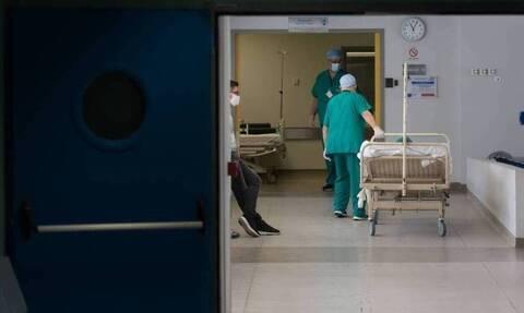 За последние сутки в Греции зафиксировано рекордное число заражений COVID-19
