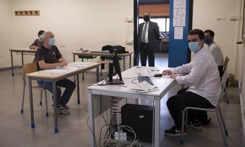 Κορονοϊός - Ιταλία: Πάνω από 600 τα νέα κρούσματα -Πιθανή η χρήση μάσκας στα σχολεία