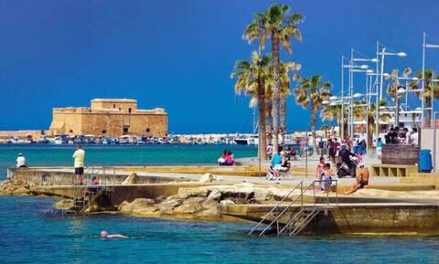 На Кипре в разгар сезона отпусков отели заполнены лишь на 20%