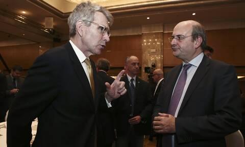 Συνάντηση Πάιατ - Χατζηδάκη: Σημαντική διεύρυνση παρουσίας των ΗΠΑ στην Ελλάδα, ειδικά στην ενέργεια