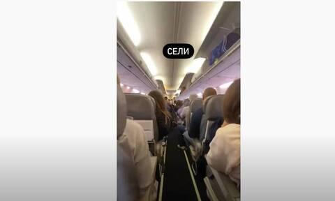 Αλεξέι Ναβάλνι: «Ούρλιαζε από τους πόνους» - Συγκλονιστικό βίντεο μέσα από το αεροπλάνο