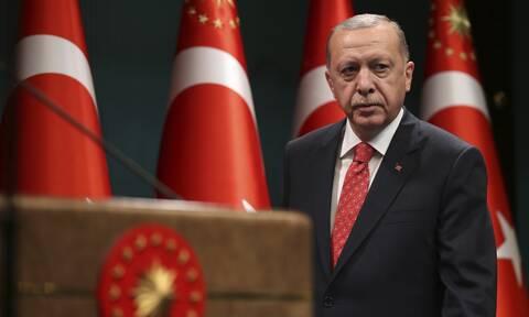Επικοινωνιακό σόου από τον Ερντογάν στη Μαύρη Θάλασσα – Τι θα ανακοινώσει