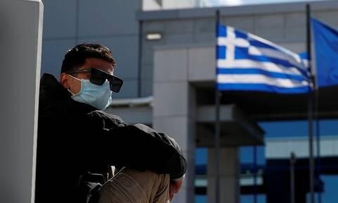 В Греции продлили ограничения на въезд иностранцев