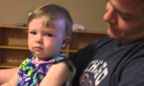 Βίντεο: Με αυτήν την πιτσιρίκα ΔΕΝ ΜΠΛΕΚΕΙΣ για κανένα λόγο!