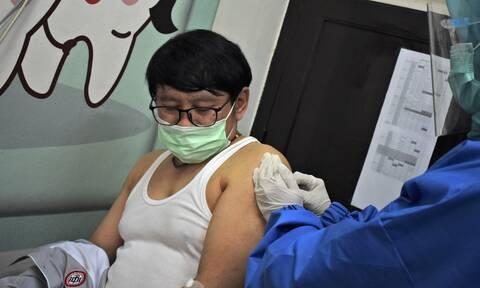 Κορονοϊός: Η Κίνα χορηγεί πειραματικά εμβόλια σε ανθρώπους που ανήκουν σε ομάδες υψηλού κινδύνου