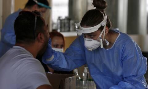 Κορονοϊός: Συναγερμός στα αστικά κέντρα για τα νέα κρούσματα – Πάνω από 1 ο δείκτης R0