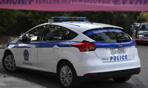 Κατερίνη: Παιδιά ανακάλυψαν... οπλοστάσιο με χειροβομβίδες και εκρηκτικά σε εγκαταλελειμμένο σπίτι