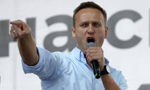 Ναβάλνι - Οι δραματικές στιγμές πριν την κατάρρευση: «Του φώναζαν μην κλείσεις τα μάτια»
