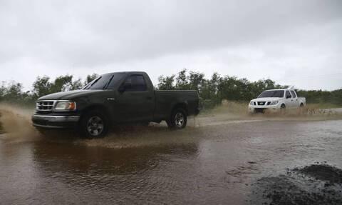 Εκκενώνονται περιοχές στη Λουιζιάνα, εν αναμονή των «δίδυμων τυφώνων»