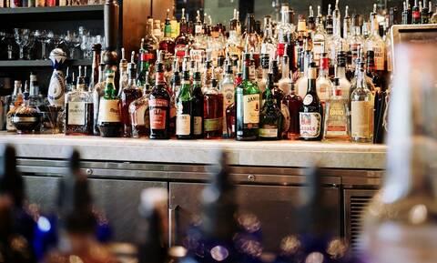 Κορονοϊός: «Καμπάνα» 15.000 ευρώ σε μπαρ των Σερρών