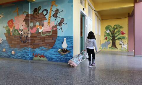 Κορονοϊός - Σχολεία: Σήμερα αποφασίζει η κυβέρνηση για το άνοιγμα - Ανακοινώσεις Κεραμέως